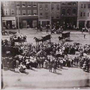 P.T. Barnum Circus Parade at 5th and Penn Streets. Courtesy of the Berks County Historical Society.